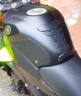 Tank Grips Snake Skin Yamaha R1 09-14 Techspec