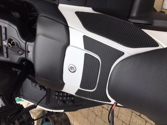 Tank Grips Snake Skin HONDA Goldwing GL1800 Techspec