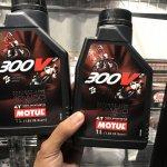 Oli Motul 300 V2