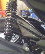 Hugger Spakbor Belakang Aerox 155 Carbon