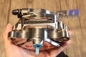 Kaliper Belakang Brembo P2 Nickel Chrome