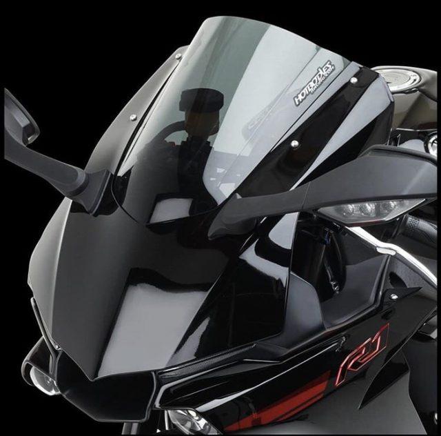 HOTBODIES RACING Windshield Yamaha R1 & R1M - HOTBODIES RACING Windshield Yamaha R1 & R1M - HOTBODIES RACING Windshield Yamaha R1 & R1M - HOTBODIES RACING Windshield Yamaha R1 & R1M
