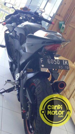 Dudukan Plat / Tail Tidy R15