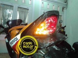 Stoplamp  / Lampu Rem Belakang 3 in 1 CBR 150 & 250