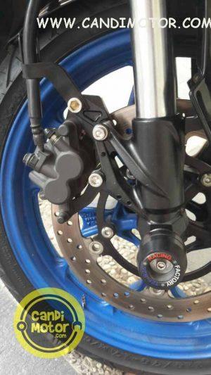 Upside Down / USD NUI Yamaha R25 + Stang (51 mm)