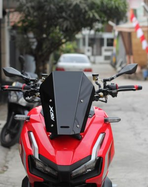https://www.tokopedia.com/candimotor/visor-adv150-model-xadv-p-p-racing